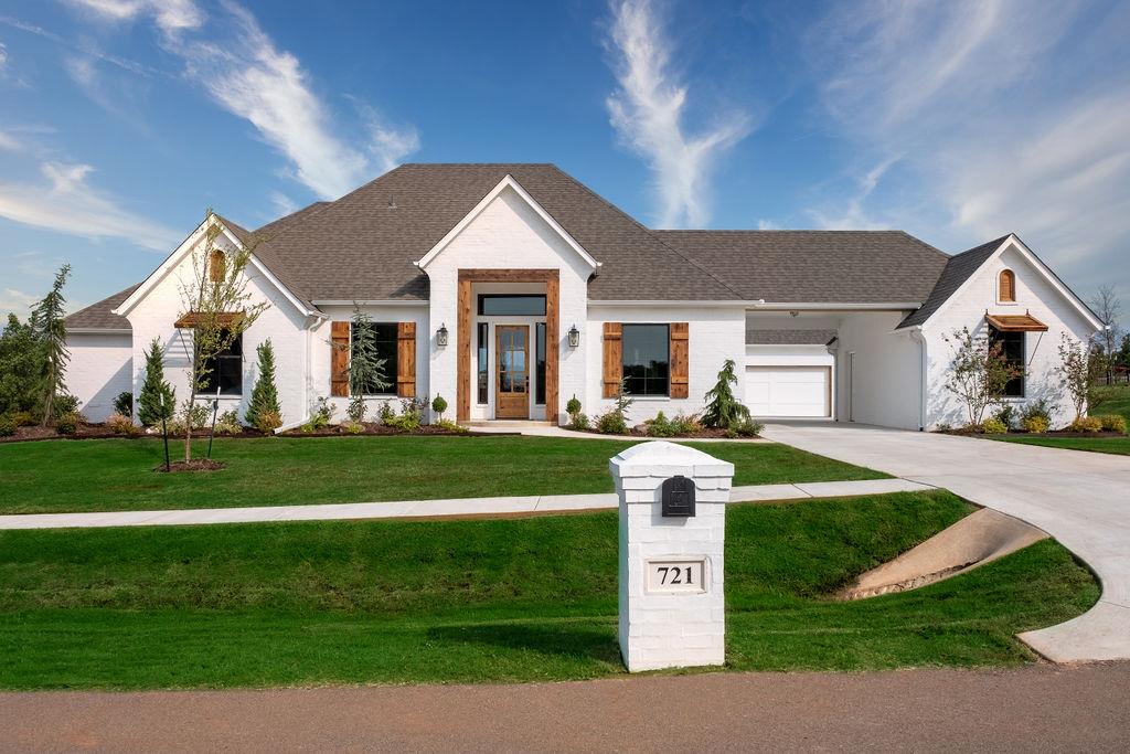 721 Villaverde Drive-Landmark Fine homes
