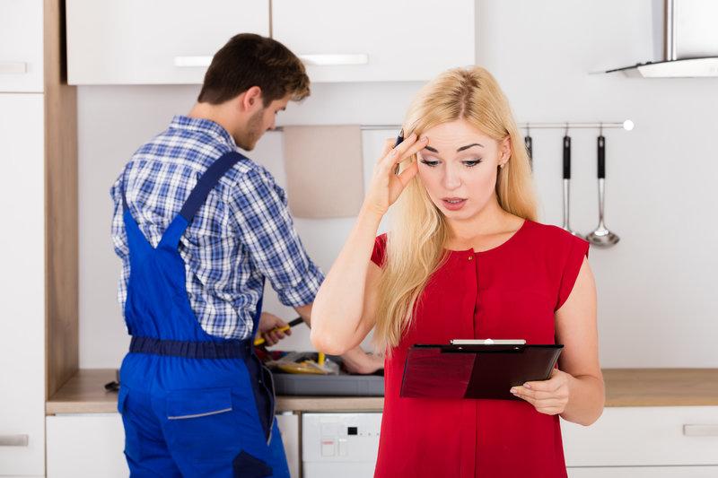 how to avoid garage door repair scams