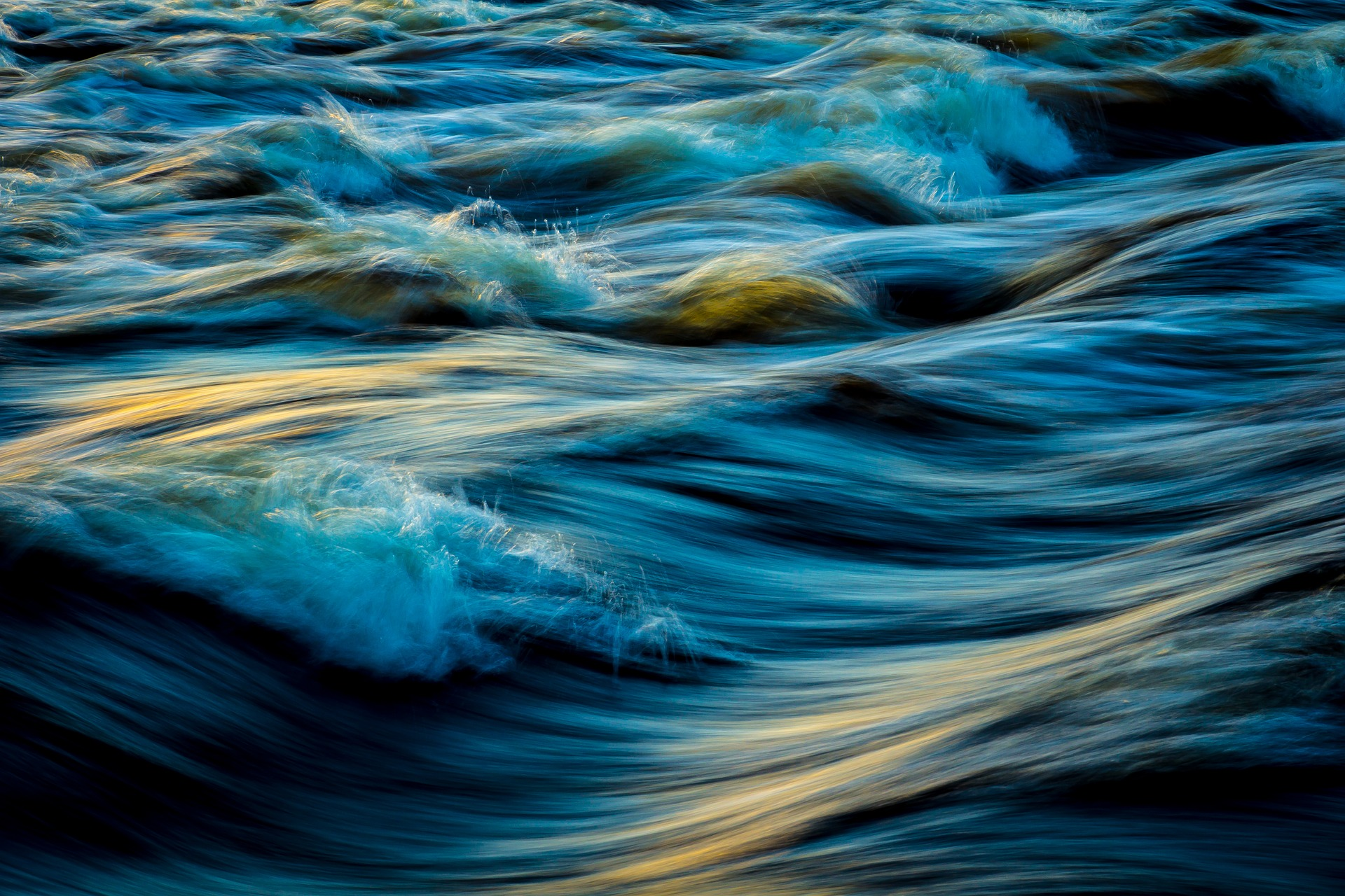 water-2130047_1920