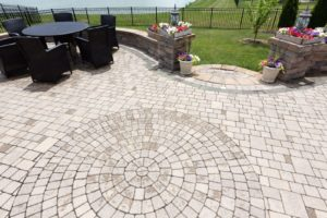 residential outdoor patio with patio pavers
