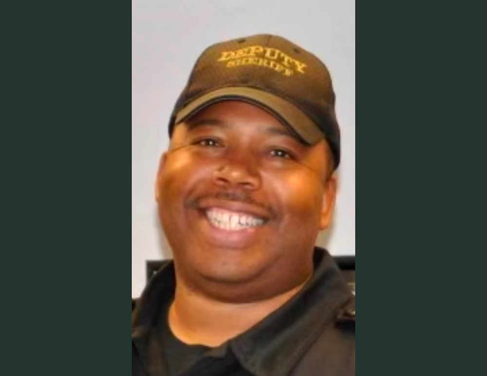 Jason Wallace named Warren School District Resource Officer