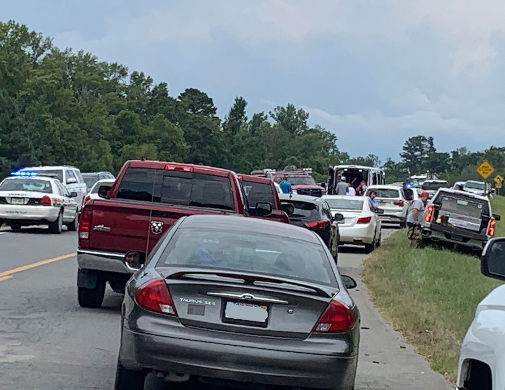 Three people killed in car accident near the Saline River