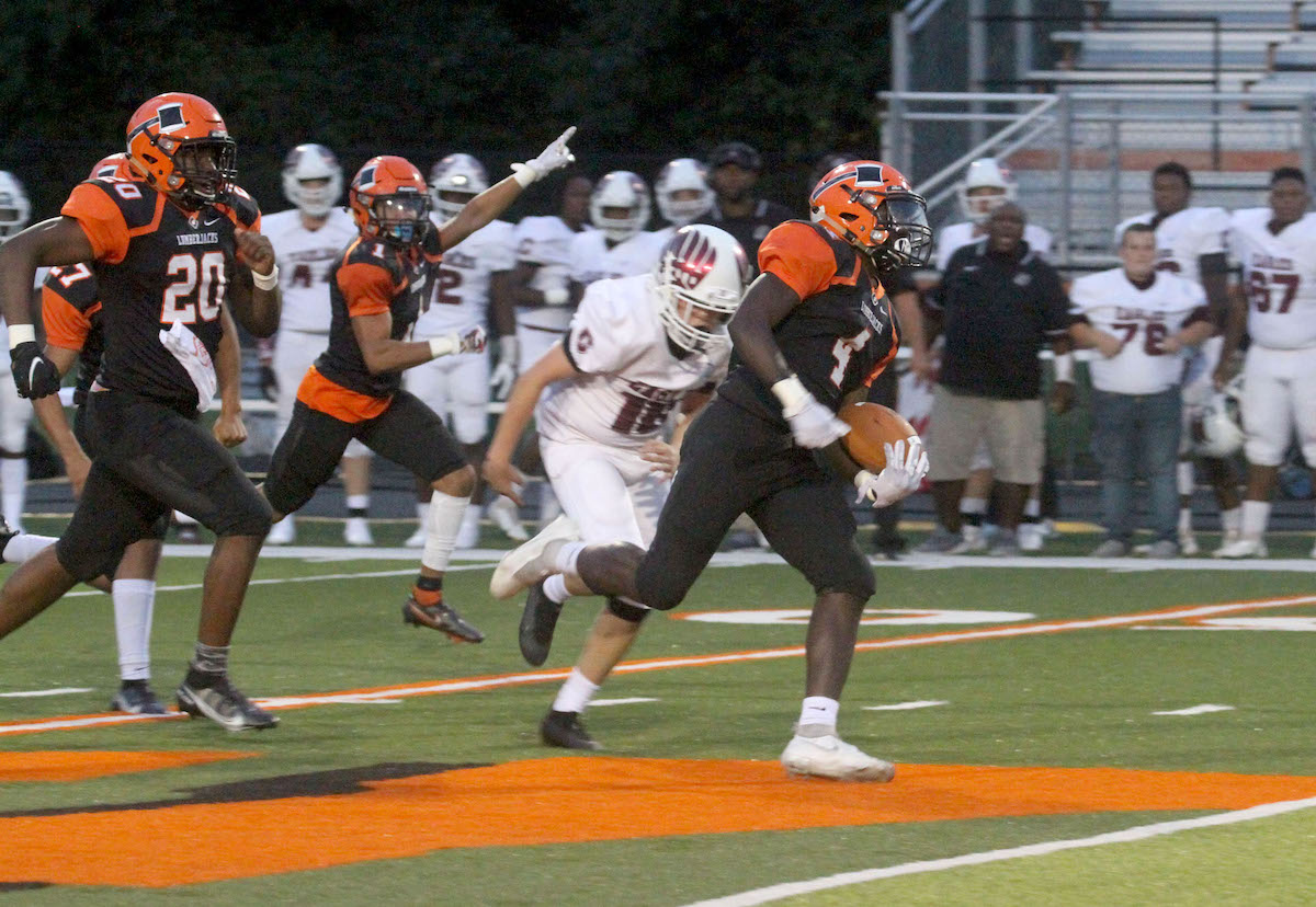 Offense posts big numbers as Warren beats talented conference rival Crossett