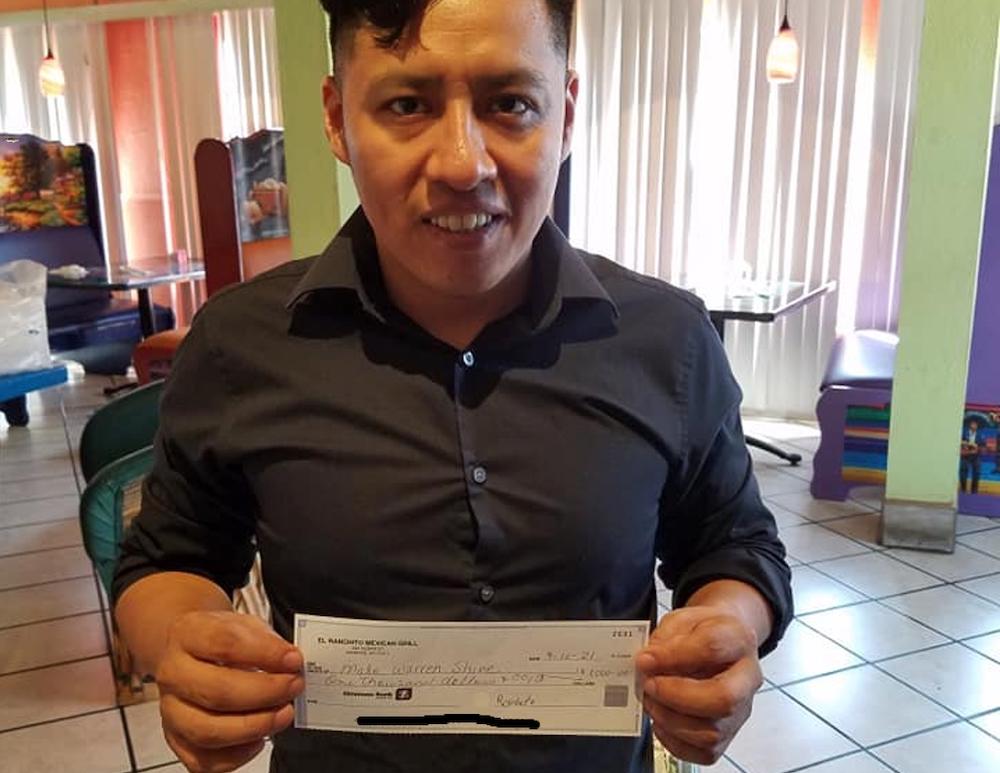 El Ranchito donates $1,000 to Make Warren Shine