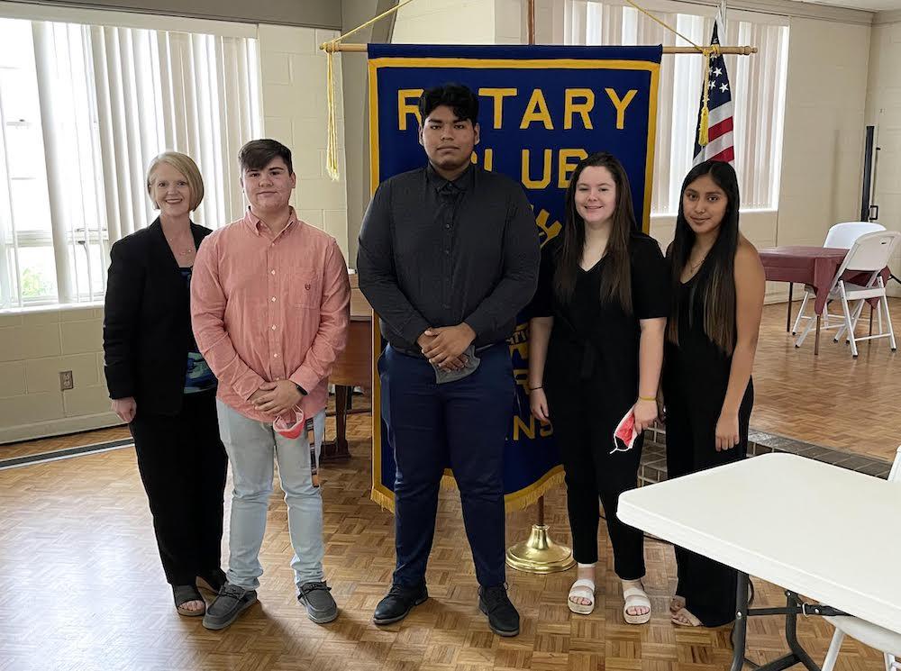 Hermitage Beta Club team presents Rotary program