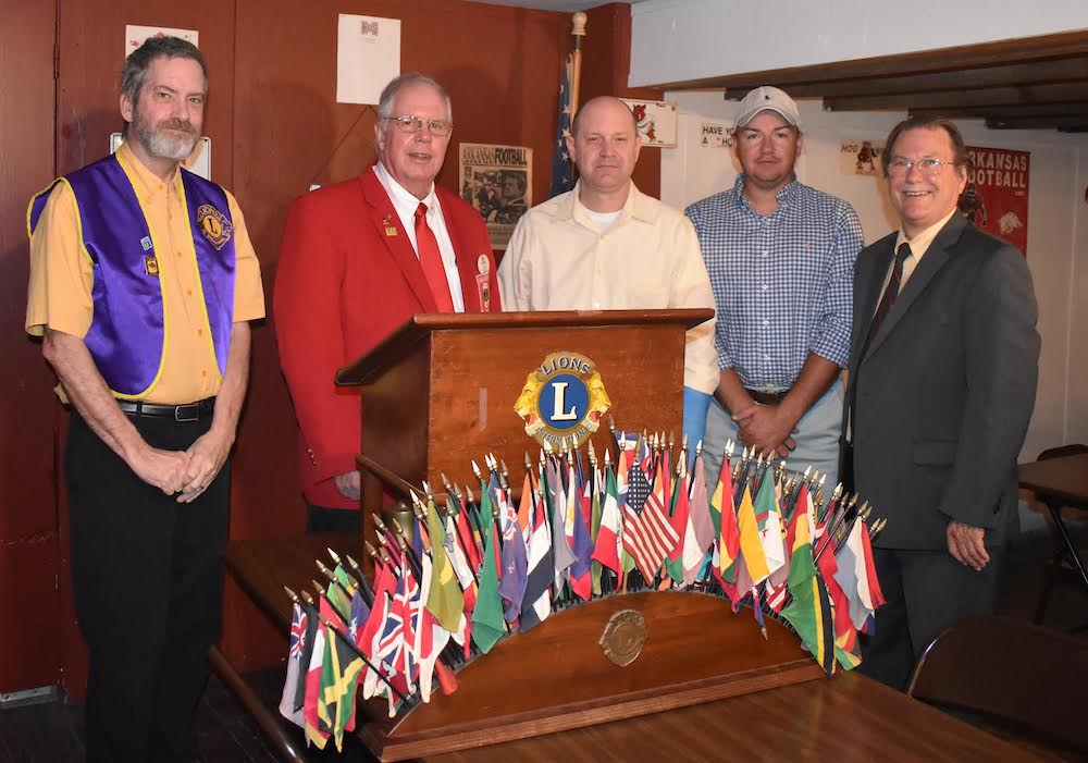 Lions Club District Governor visits Warren Club
