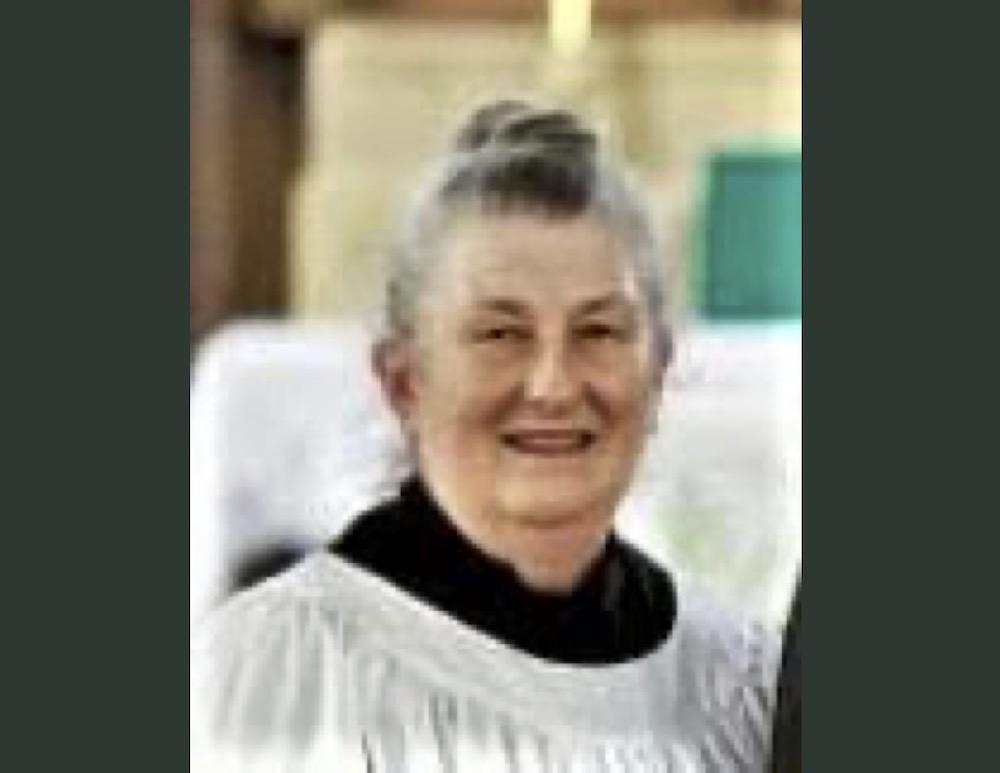 Linda Ann Warren Barrett, 1944-2021