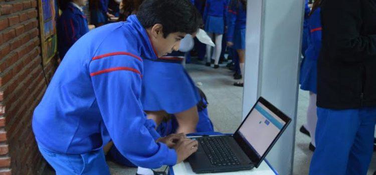 Argentina: Alumnos en la localidad de Corrientes desarrollaron plataforma de voto electrónico
