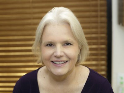 Dr Caroline MacLeod