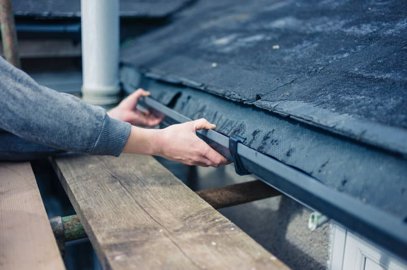 should roof and gutter repairs go hand in hand