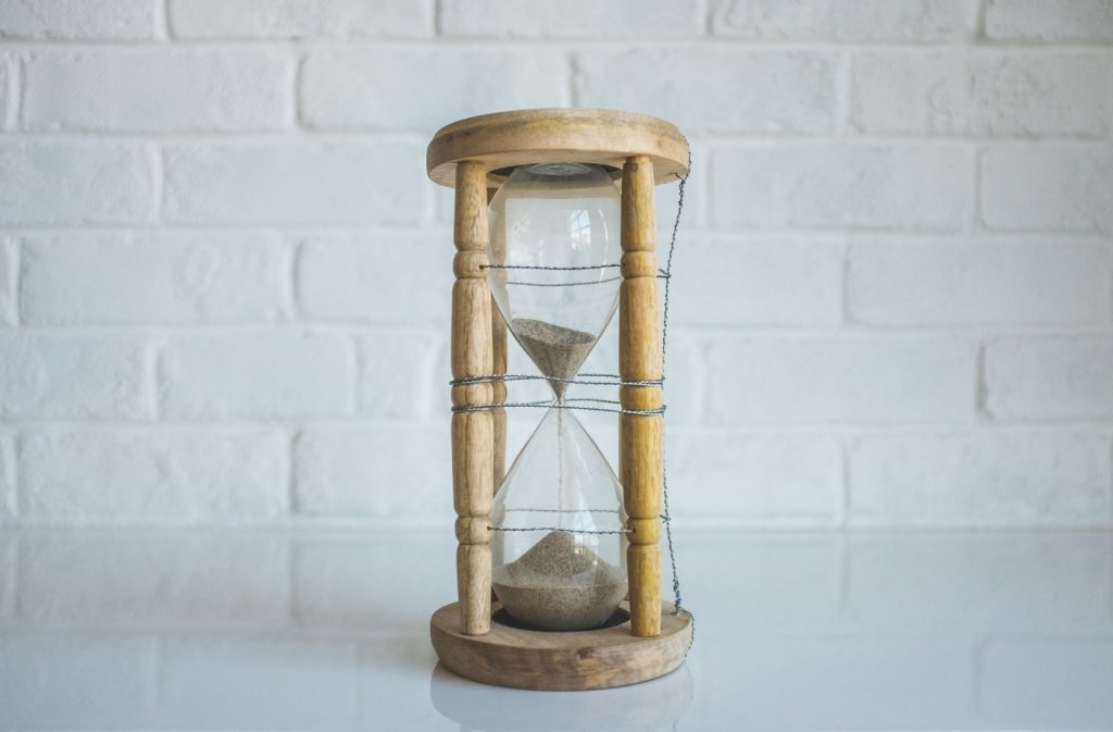 Hour glass - it's about the right timing