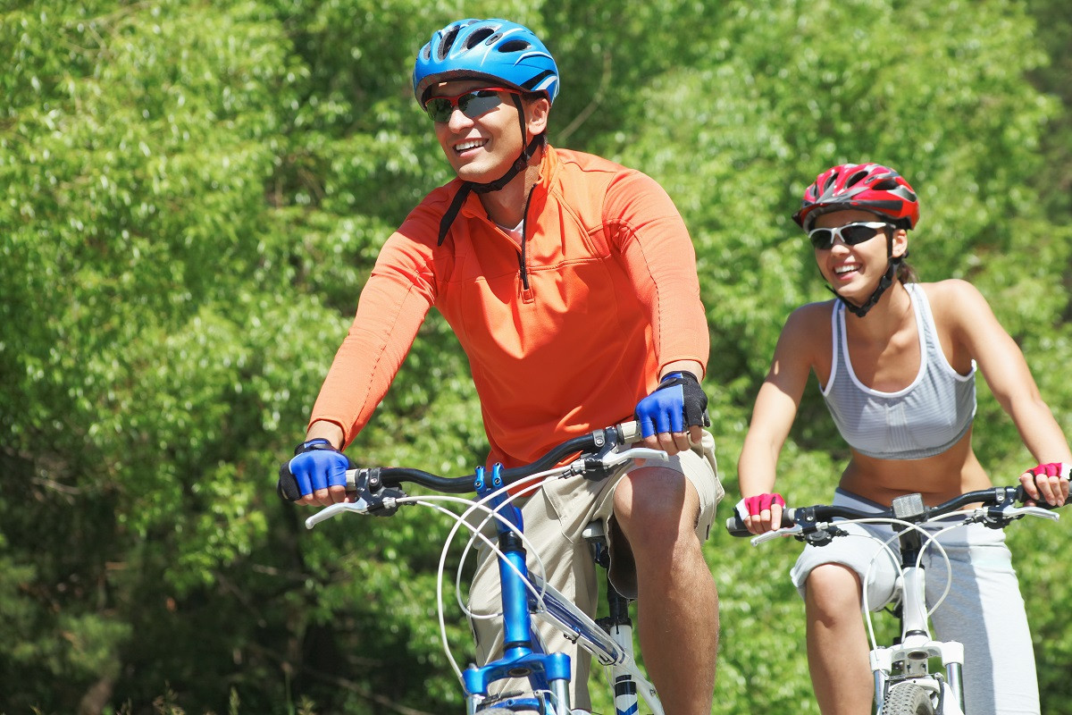 biking injury, avoid bike injury, bike safety, proper bike form, biking for beginners, beginner guide to safe biking, physical therapy mankato
