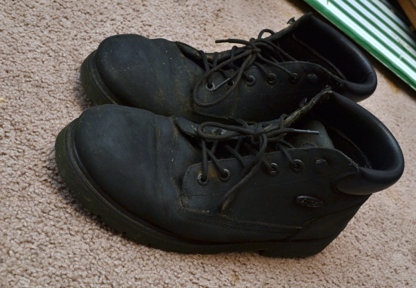 Lugz Drifter Boots Review and Giveaway