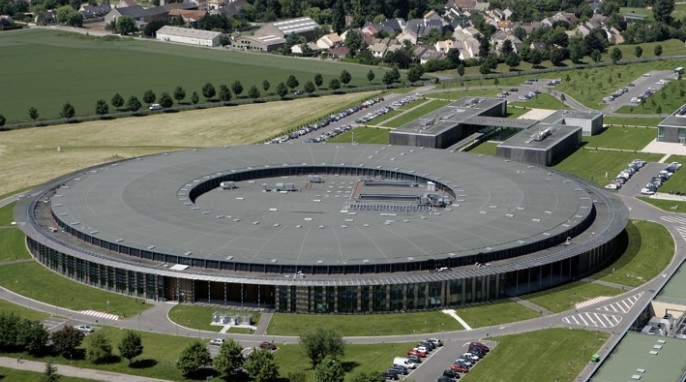 Nuclear magnetic resonance: External view of the Synchrotron SOLEIL in Paris.