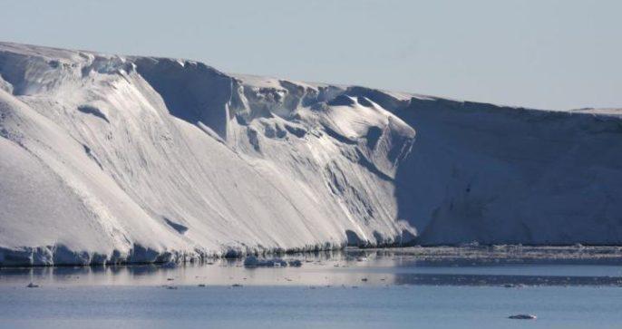 Totten Glacier. Esmee van Wijk/Australian Antarctic Division