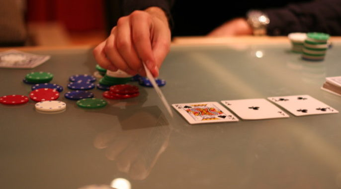 Artificial Intelligence System Wins at Poker