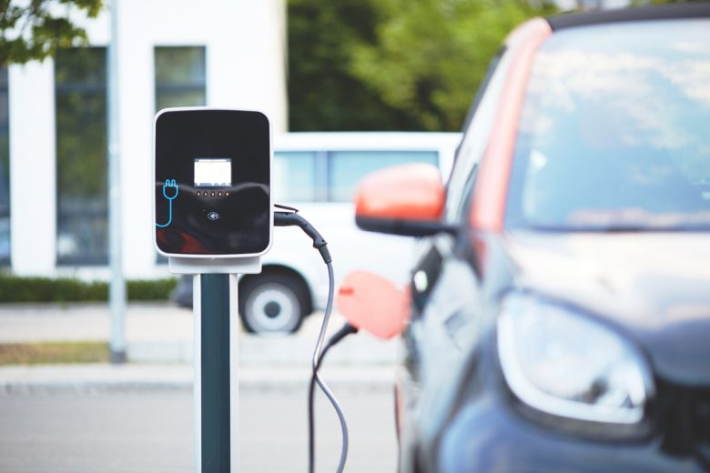 SUSTAINABLE TRANSPORTATION: ELECTRIC CAR EMISSIONS VS. GAS
