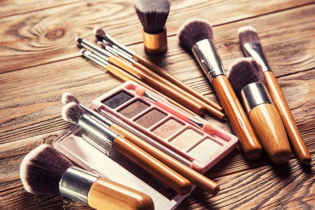 asbestos in makeup
