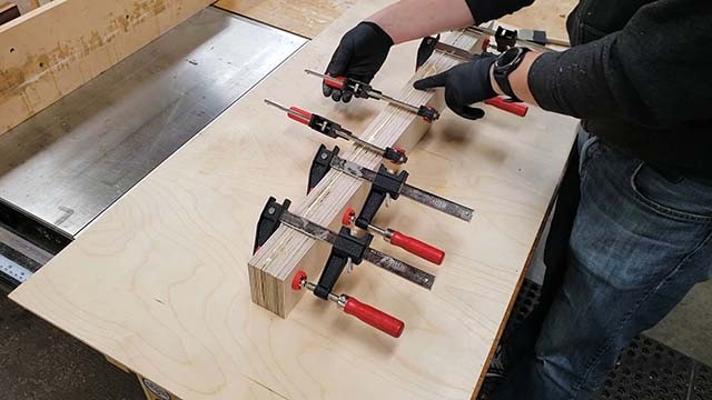 making the cross cut sled