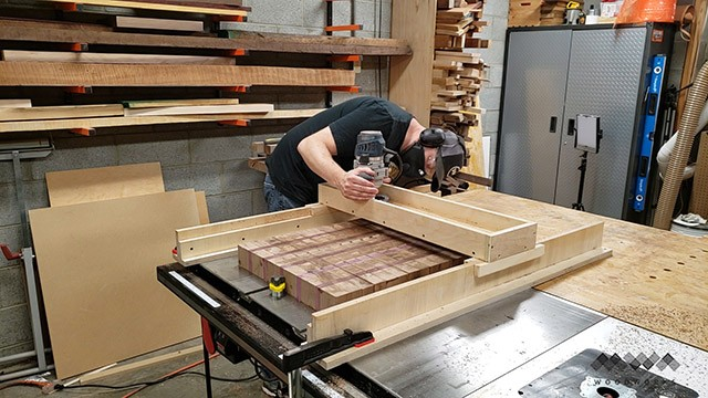 operating a router sled