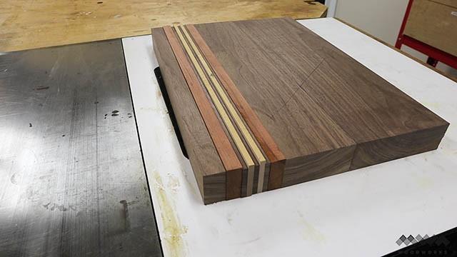 arranging cutting board