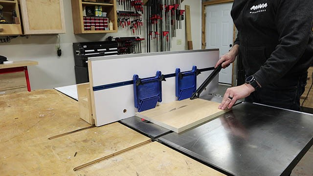 table saw fence feather boards 2