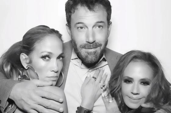 Jennifer López y Ben Affleck hace oficial su noviazgo