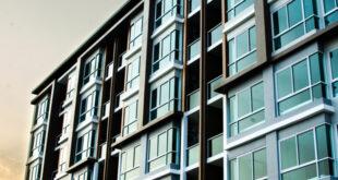 Apartment Building in Riverside