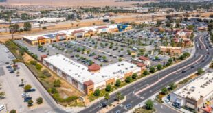 Beaumont shopping center changes hands