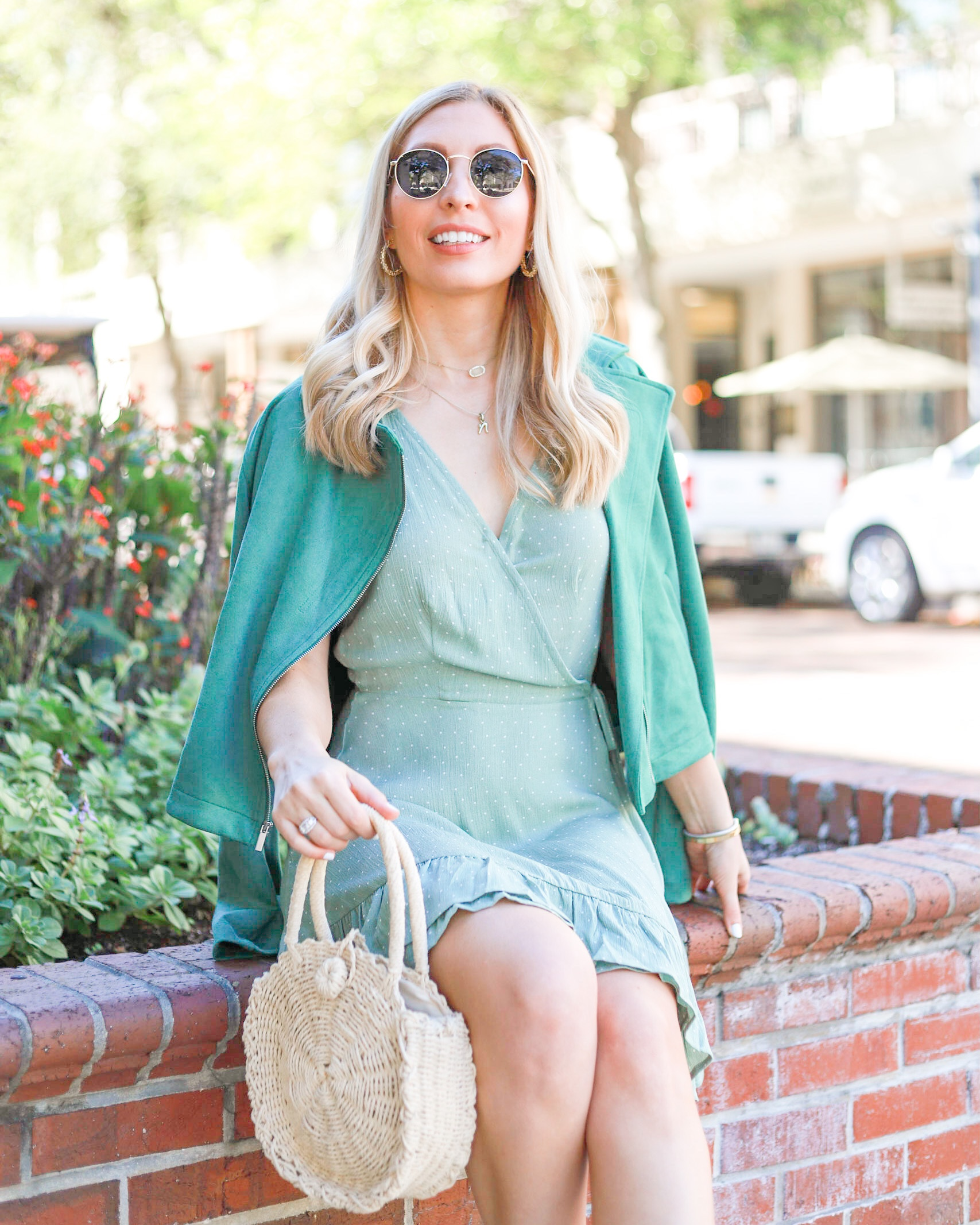 HOW TO LAYER JEWELRY & MY FAVORITES