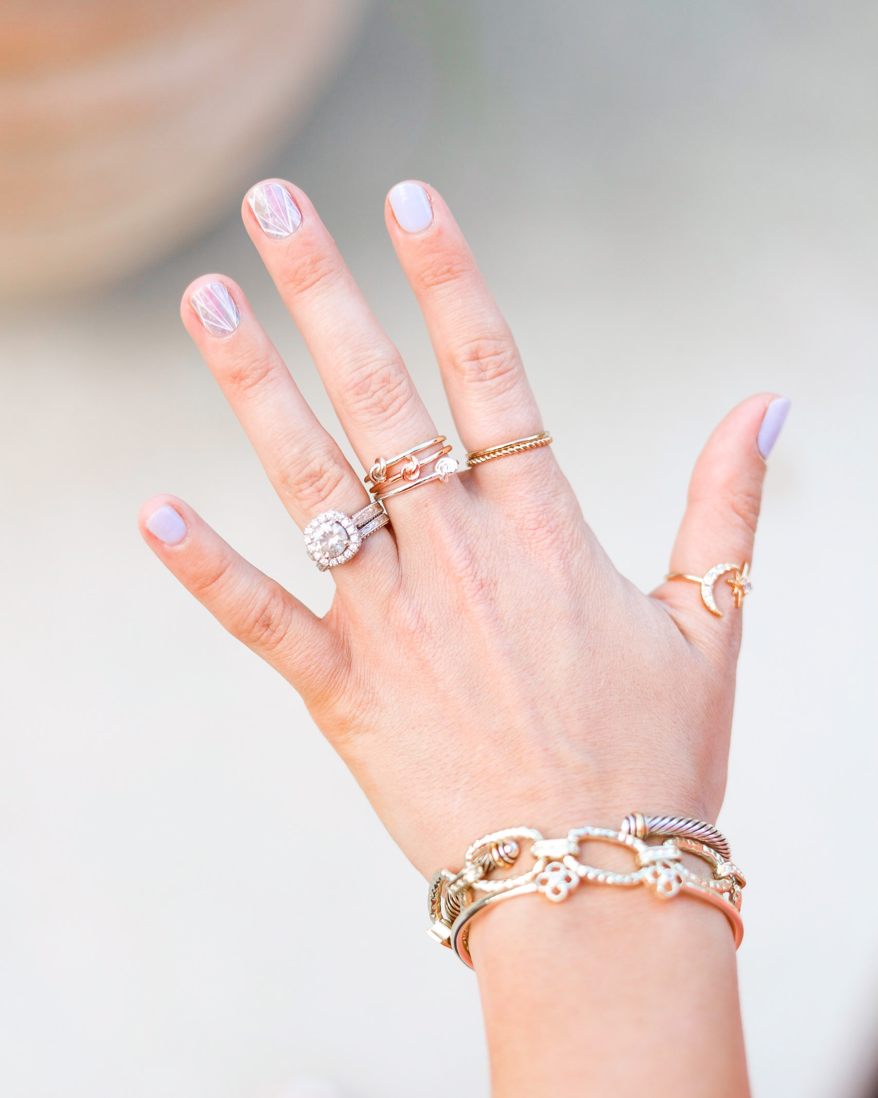 HOW TO LAYER JEWELRY RINGS