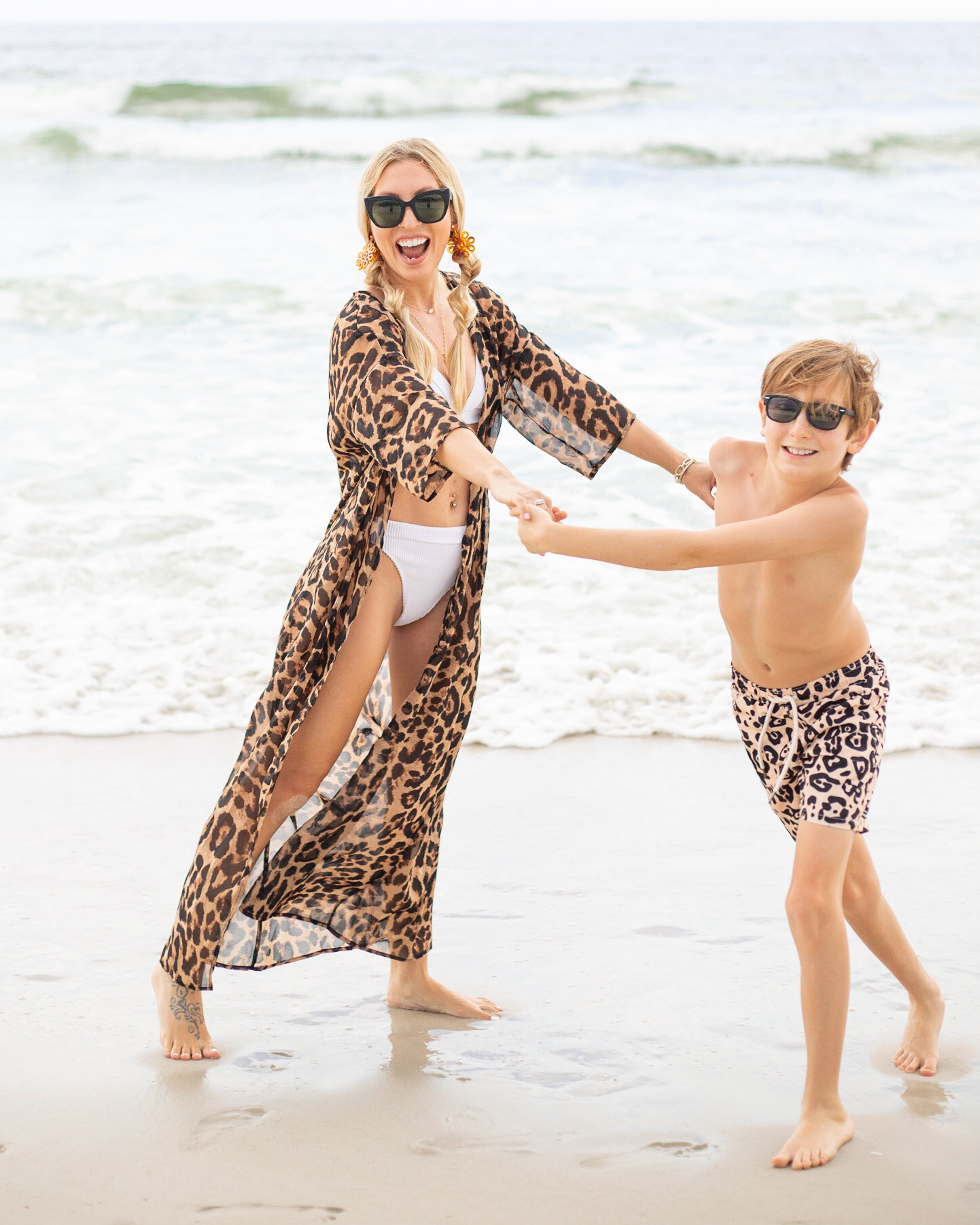 MOM AND SON TWINNING SWIMSUITS