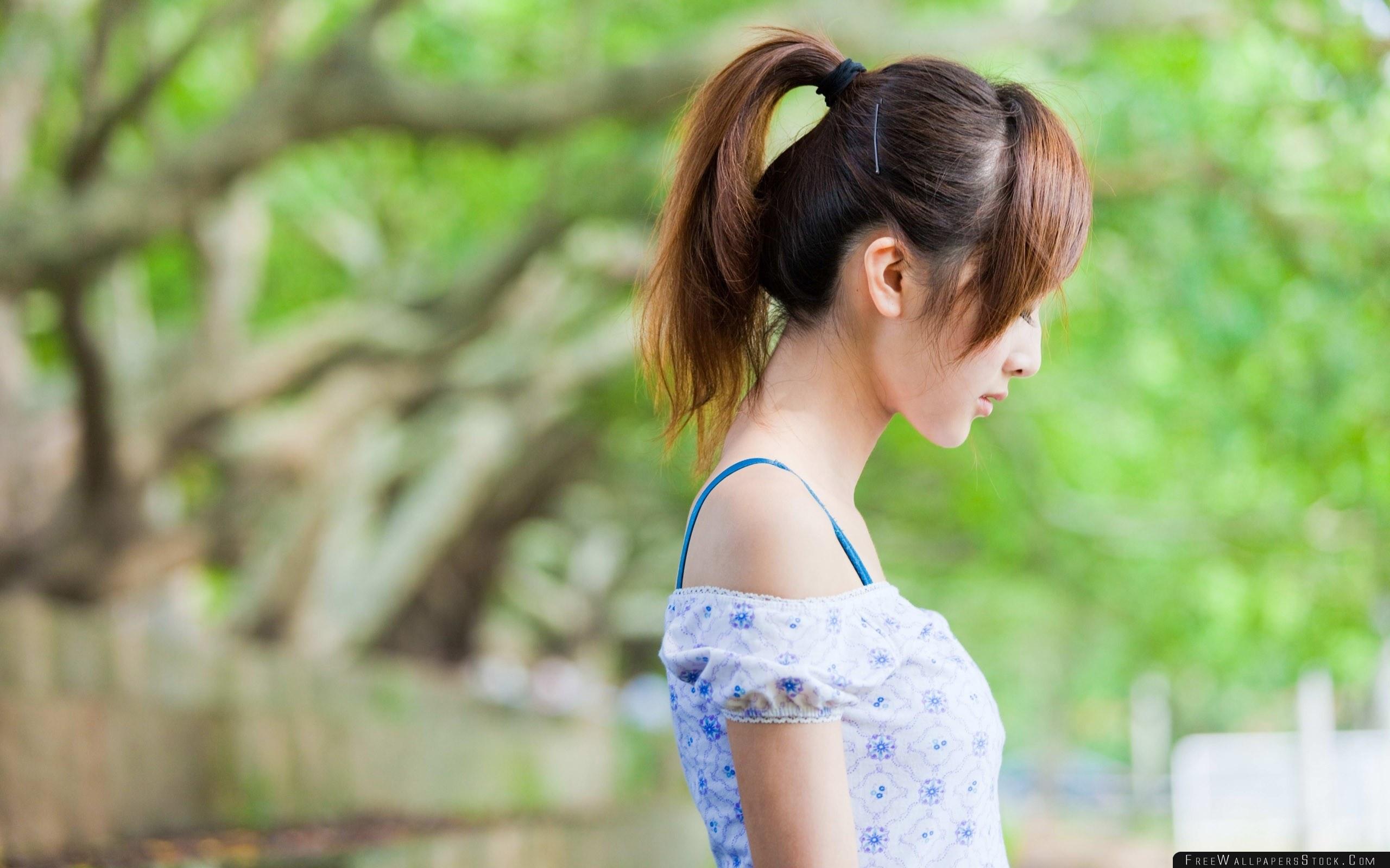 Download Free Wallpaper Brunette Girl Asian Profile