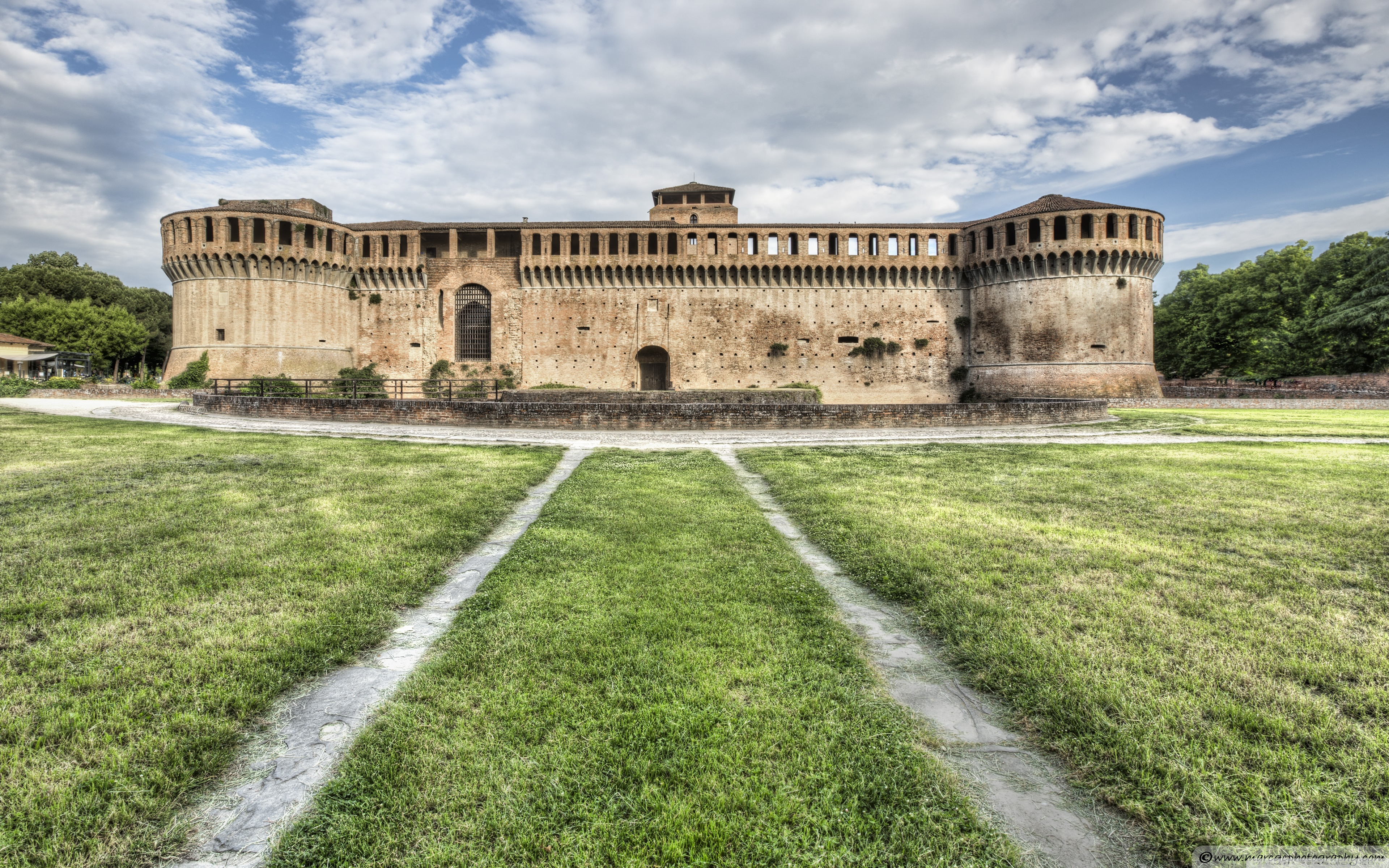 Download Free WallpaperThe Rocca Sforzesca Imola Italy