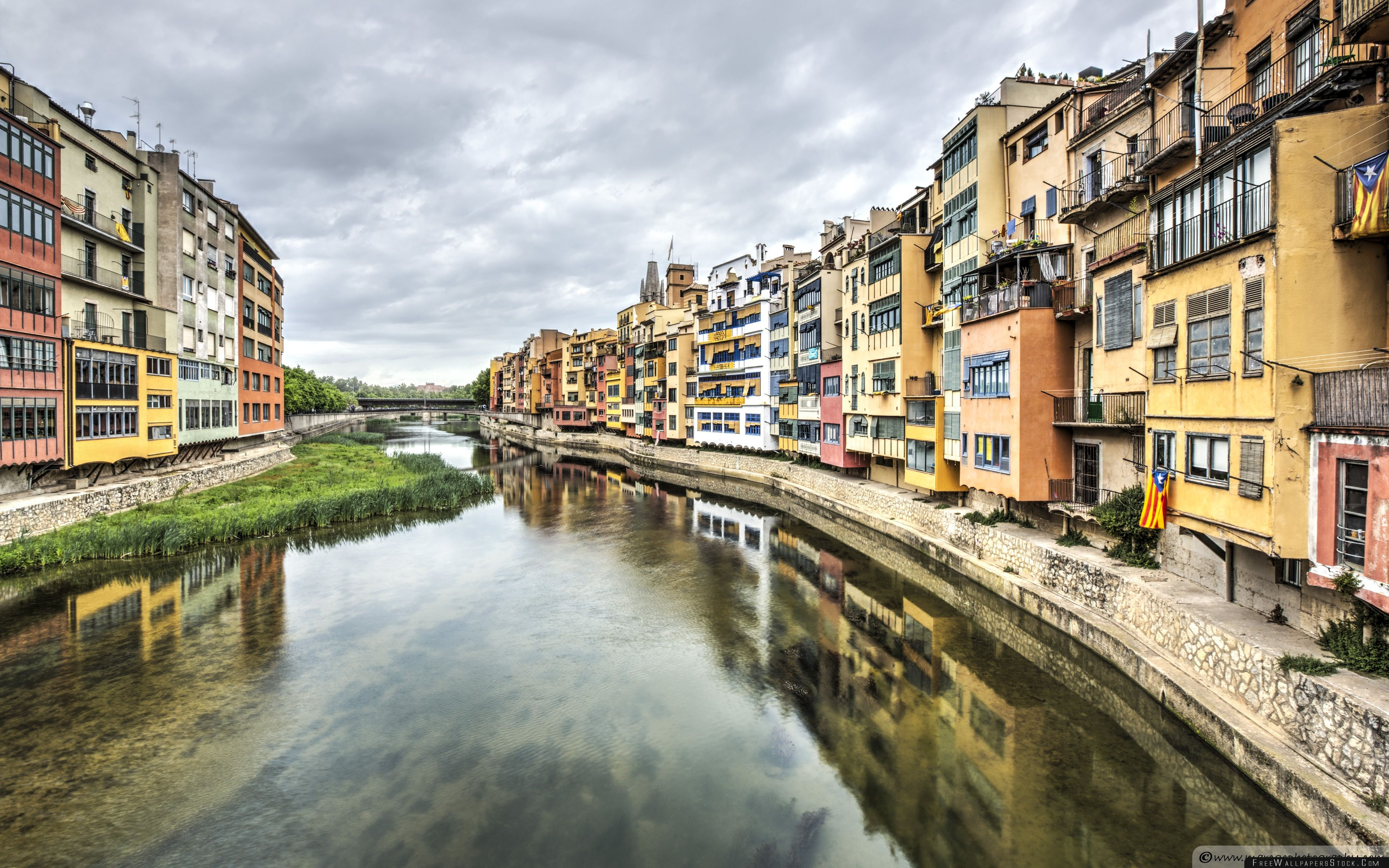 Download Free Wallpaper The Houses   River Onyar Girona Catalonia