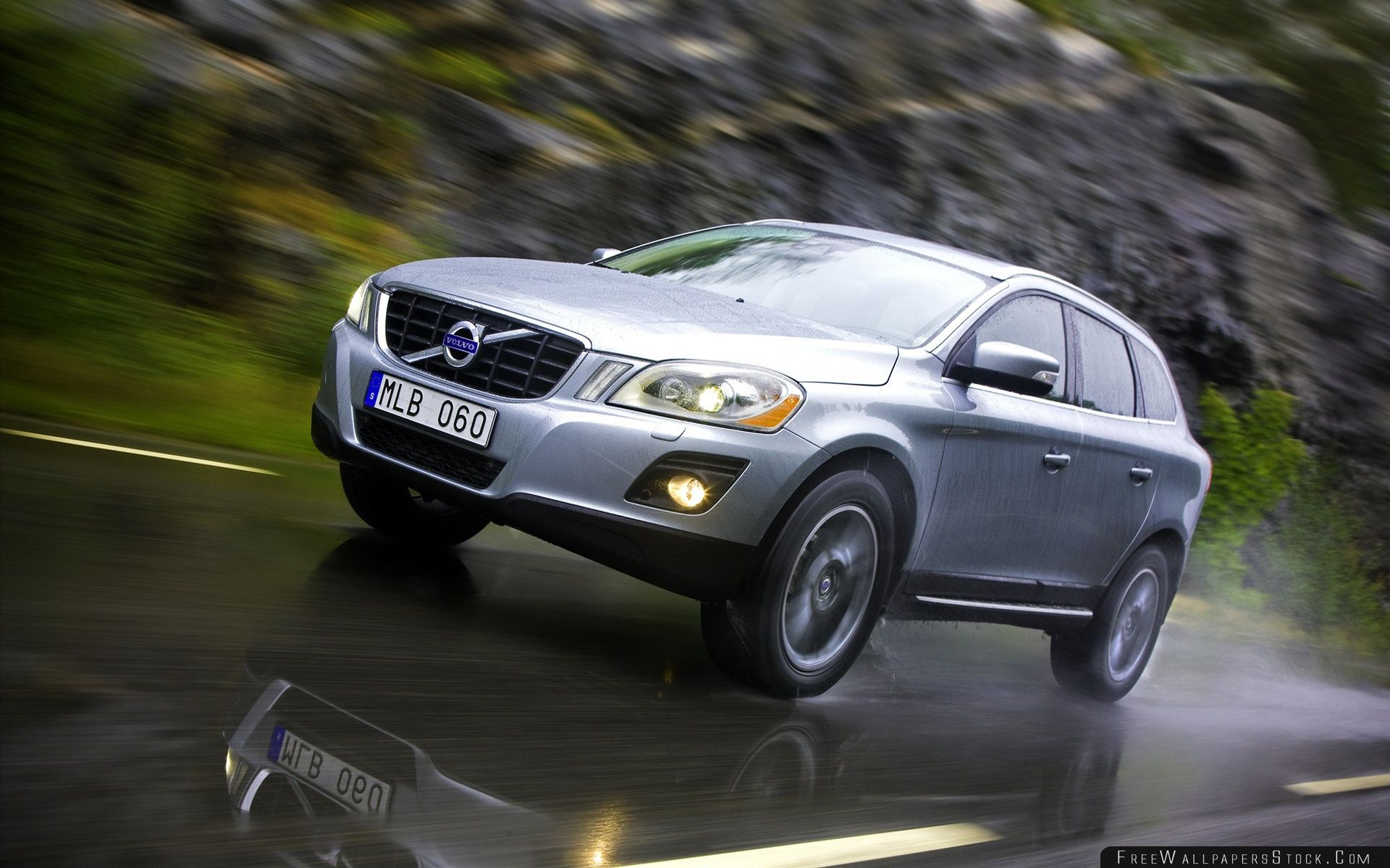 Download Free Wallpaper Volvo Car