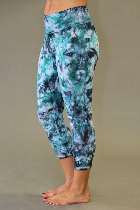 Organic Cotton Crop Yoga Legging - Turquoise/Black Tie-dye