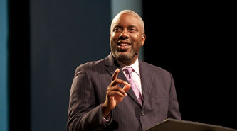 Pastor claims white heterosexual men oppress women and LGBTQ people