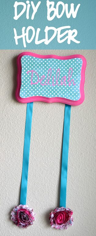 Bow Holder with adhesive vinyl name. Step by Step tutorial.