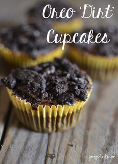 https://poofycheeks.com/2015/03/loaded-oreo-cupcake-oreo-dirt-cupcakes.html
