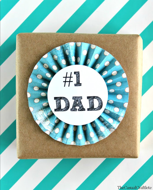 http://www.thecasualcraftlete.com/2014/06/05/free-fathers-day-printable-tags-1-dad/