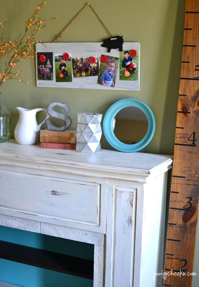 Farmhouse Style Magnetic Photo Board Tutorial - Great Photo Gift Idea