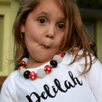 Bubblegum Necklace Tutorial. Step by step instructions with photos on how to make chunky bead necklaces for your little girl. #diy #necklace #accessories