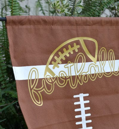 Football Flag with Heat Transfer Vinyl – Silhouette and Cricut Project Idea