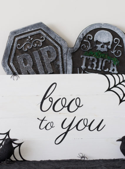 Boo to you pallet sign