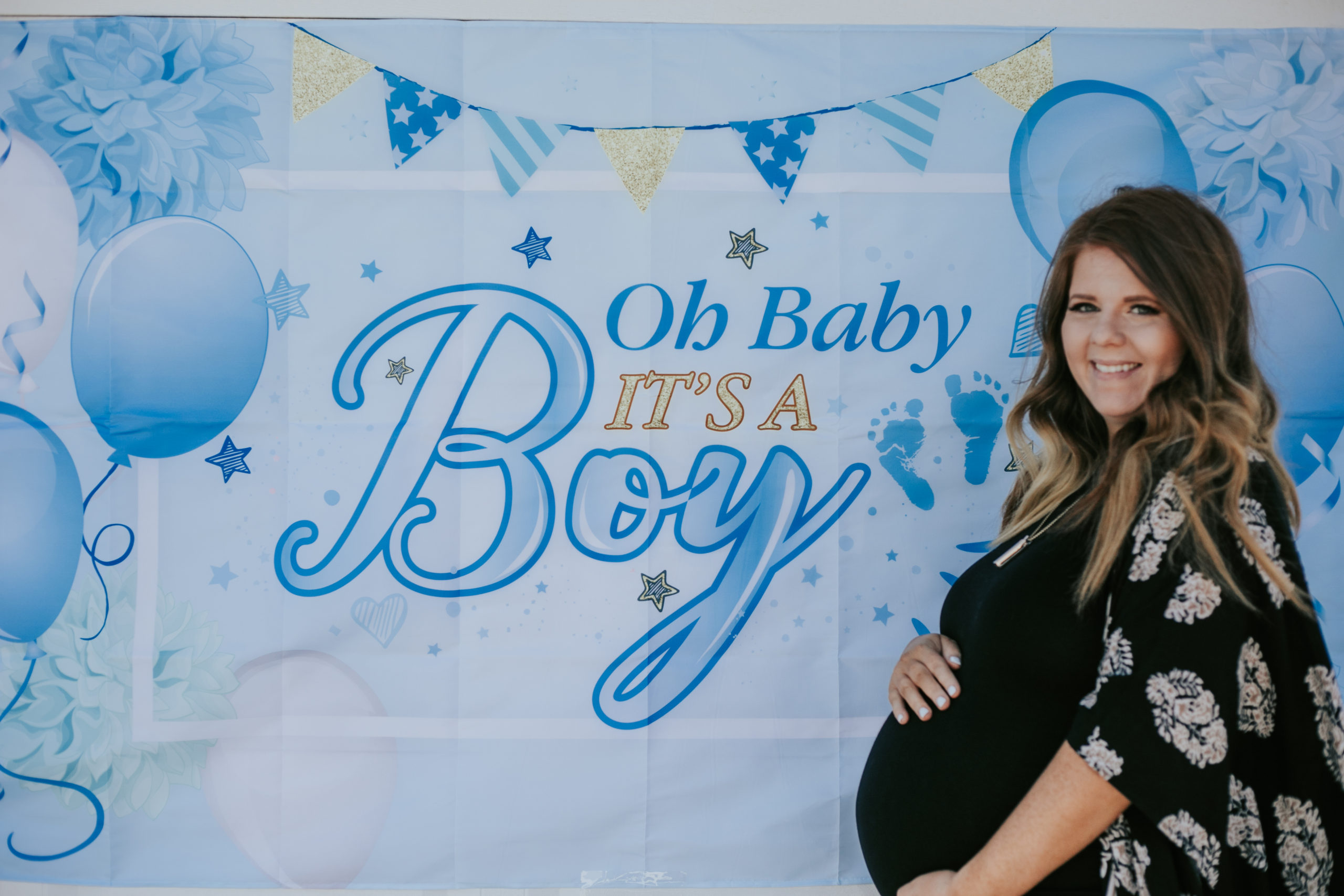 host a drive by baby shower