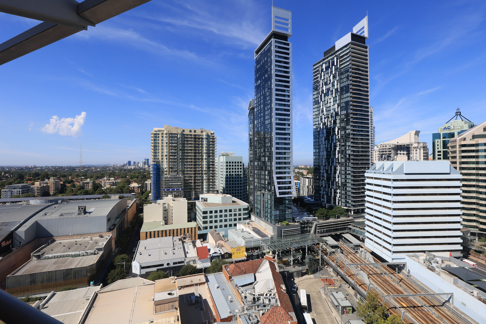 Chatswood Regency – 1 bedroom apartment plus study for lease