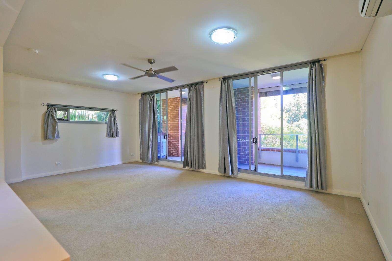 St Leonards – 1 bedroom for lease – Duntroon Avenue