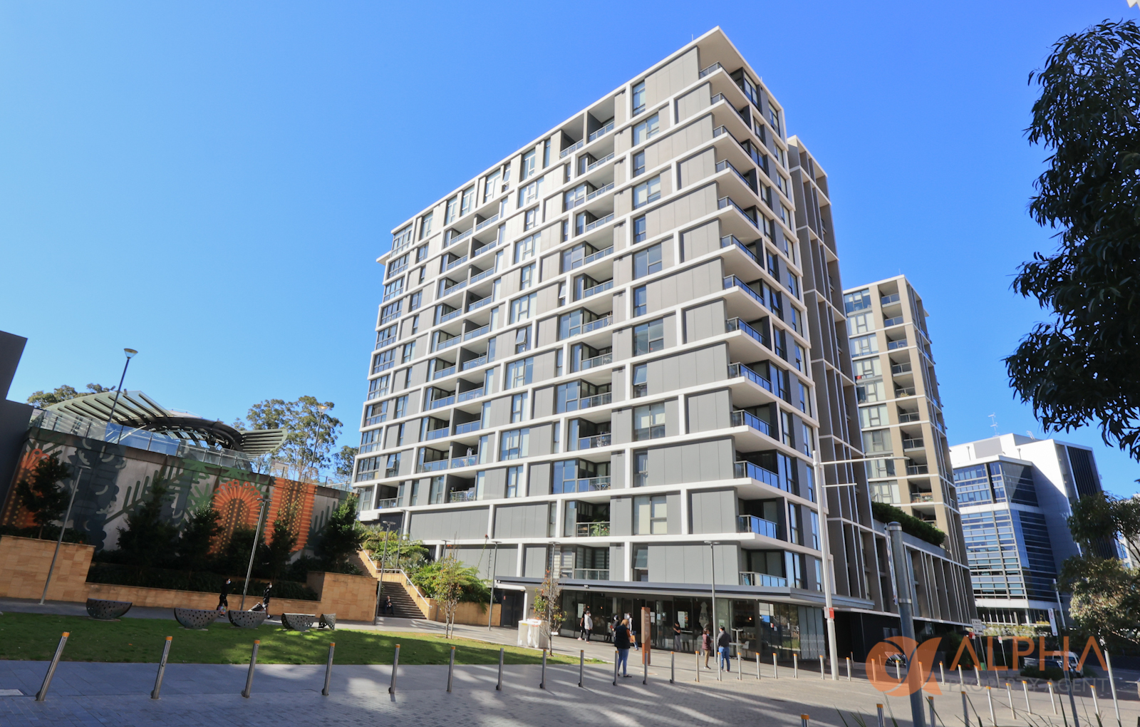Ryde Garden – 1 bedroom apartment for lease