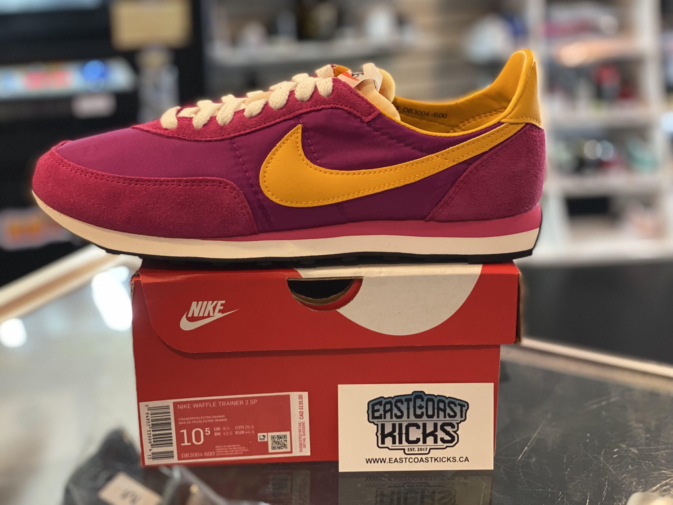 Nike Waffle Trainer 2 Fireberry Size 10.5